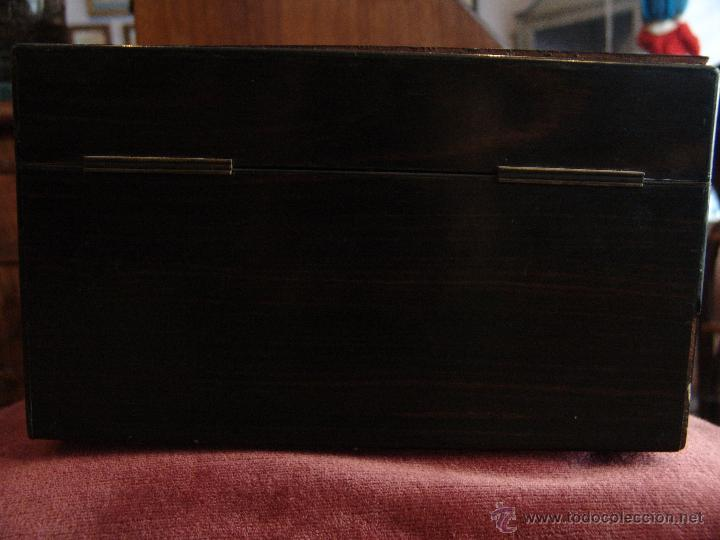 Cajas y cajitas metálicas: ESPECTACULAR CAJA-NECESER DE VIAJE MUY ANTIGUA - Foto 5 - 39445352