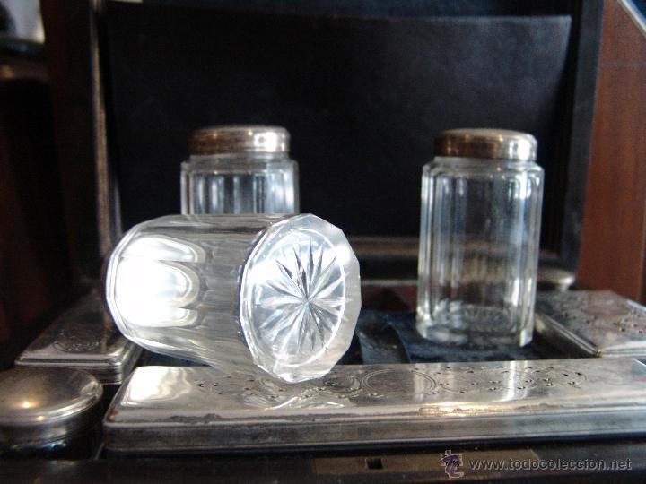 Cajas y cajitas metálicas: ESPECTACULAR CAJA-NECESER DE VIAJE MUY ANTIGUA - Foto 8 - 39445352