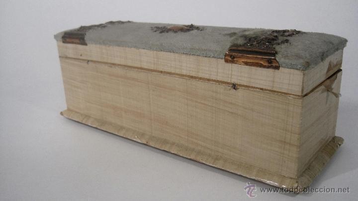 Antigua caja de madera con herrajes de cobre d comprar cajas antiguas y cajitas met licas en - Cajas de madera barcelona ...