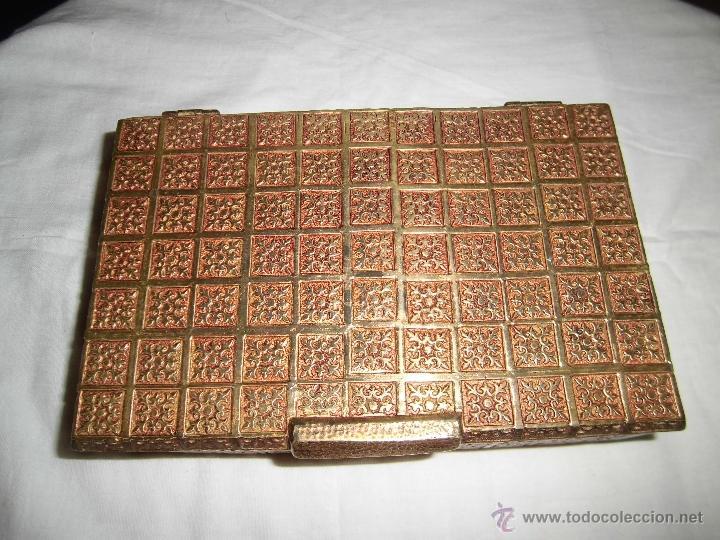 Cajas y cajitas metálicas: ANTIGUA CAJA DE BRONCE INTERIOR FORRADO EN MADERA - Foto 5 - 39767784