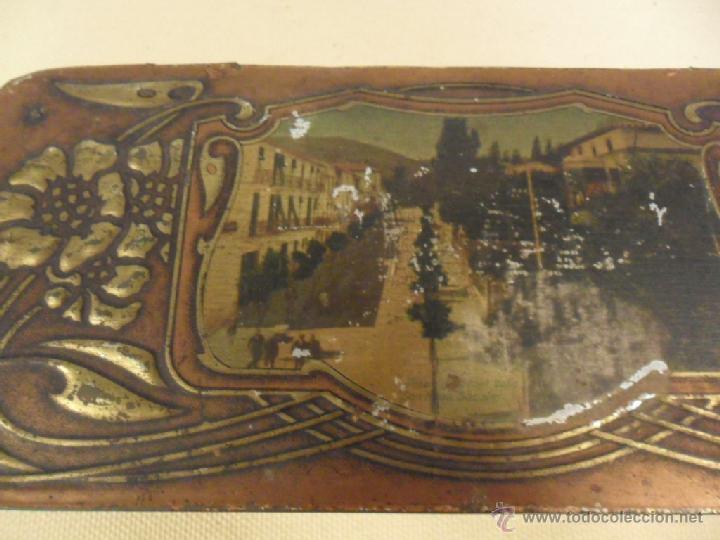Cajas y cajitas metálicas: ANTIGUA CAJA DE HOJALATA LITOGRAFIADA AÑOS 20-30. - Foto 2 - 39783151