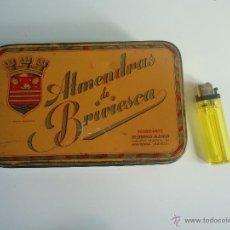 Cajas y cajitas metálicas: ANTIGUA CAJA ALMENDRAS DE BRIVIESCA DESIDERIO ALONSO. Lote 39805664