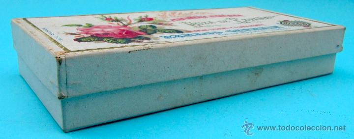 Cajas y cajitas metálicas: ROSA DE ESPAÑA. JABON SUAVE Y EMOLIENTE. RENAUD GERMAIN. BARCELONA. CAJA DE CARTON - Foto 2 - 40120796