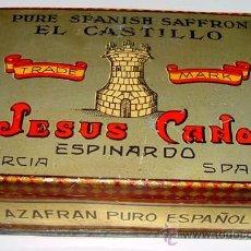 Cajas y cajitas metálicas: ANTIGUA CAJA DE HOJALATA LITOGRAFIADA DE AZAFRAN CON PUBLICIDAD -. EL CASTILLO - MIDE 13 X 8 X 45,2 . Lote 38238996