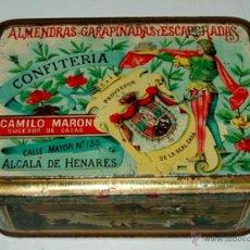 Cajas y cajitas metálicas: ANTIGUA LATA DE HOJALATA LITOGRAFIADA - CON PUBLICIDAD DE ALMENDRAS - ALCALA DE HENARES - CONFITERIA. Lote 38239812