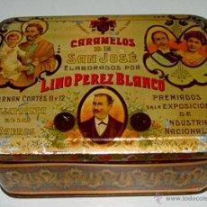 Cajas y cajitas metálicas: ANTIGUA CAJA LITOGRAFIADA CON PUBLICIDAD DE CARAMELOS DE SAN JOSE - ELABORADOS POR LINO PEREZ BLANCO. Lote 38264459