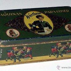 Cajas y cajitas metálicas: ANTIGUA CAJA DE HOJALATA LITOGRAFIADA CON PUBLICIDAD DE WERTHEIM . MAQUINAS PARA COSER - MIDE 15,5 X. Lote 38277737