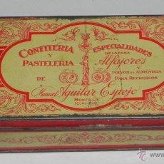 Cajas y cajitas metálicas: ANTIGUA CAJA DE HOJALATA LITOGRAFIADA CON PUBLICIDAD DE CONFITERIA MANUEL AGUILAR ESPEJO - MONTILLA . Lote 38287219