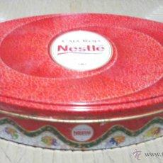 Cajas y cajitas metálicas: CAJA ROJA DE NESTLE AÑOS 2002. SE VENDE SOLO LA CAJA VACIA.. Lote 40424566