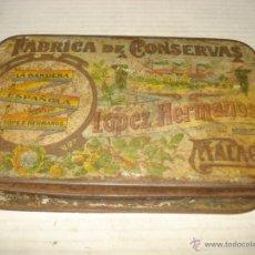 Cajas y cajitas metálicas: CAJA HOJALATA LITOGRAFIADA LOPEZ HERMANOS FABRICA CONSERVAS LA BANDERA ESPAÑOLA BANDERA REPUBICANA. Lote 40795792