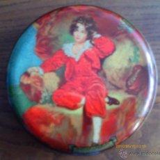 Cajas y cajitas metálicas: CAJA DE CARAMELOS - MARCA WILKINS RED BOY -HOJALATA LITOGRAFIADA. Lote 41287197