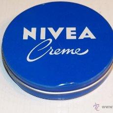 Cajas y cajitas metálicas: NIVEA CREME - CAJITA DE 55 GR. Nº 368 - METÁLICA - 7,5 CM. * 1,5 CM.. Lote 41727293