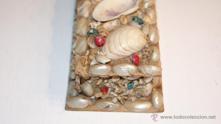 Cajas y cajitas metálicas: Caja o Cajita forrada de papel con conchas decorativas - Antigua - Foto 4 - 41817785
