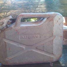 Cajas y cajitas metálicas: ANTIGUA LATA METALICA PARA COMBUSTIBLE. Lote 43155829