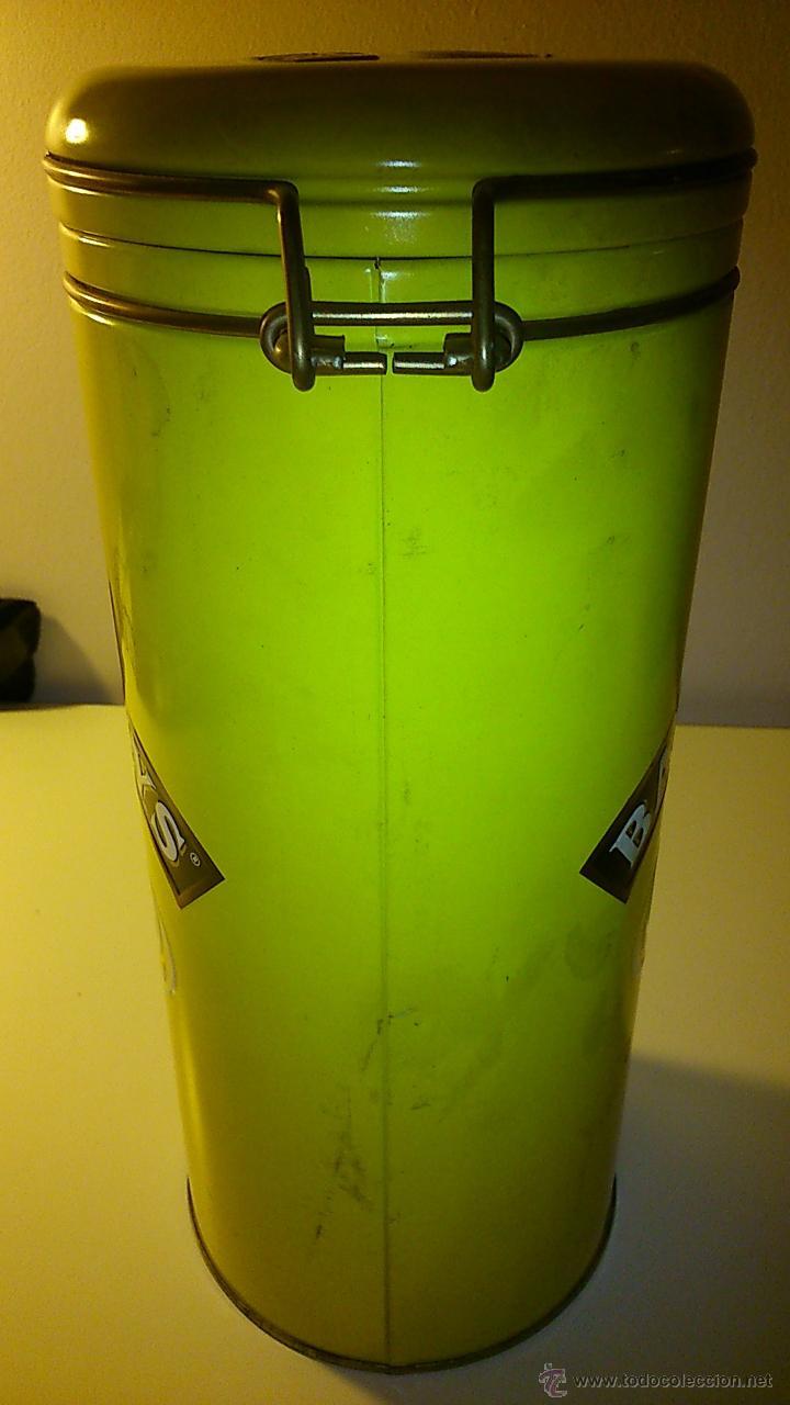 Cajas y cajitas metálicas: Caja metálica de Baileys. Botella grande. - Foto 3 - 43711648