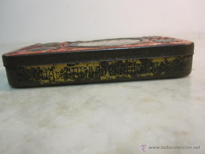 Cajas y cajitas metálicas: VIEJA CAJA METALICA CON DIBUJOS EN RELIEVE ESTILO MODERNISTA - Foto 4 - 43963427