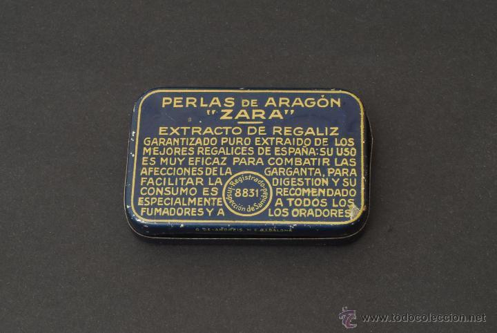 Cajas y cajitas metálicas: Caja de Pastillas Perlas de Aragón. Zara. Zaragoza. Litografía G. de Andreis. M. E. Badalona. - Foto 2 - 44017103