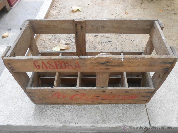 antiga caja de madera gaseosa la casera