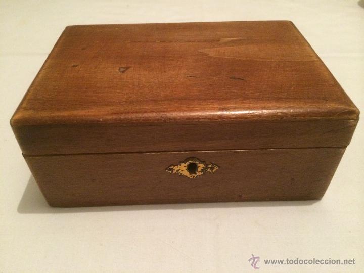 Antigua caja de madera con espejo interior jo comprar - Caja madera antigua ...