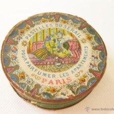 Cajas y cajitas metálicas: CAJA DE CARTON DE FINALES DEL S XIX DE PASTILLAS DU SERAIL. PERFUMERIA PARIS. Lote 45051577