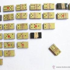 Cajas y cajitas metálicas: CAJA DE LATA DE CAFES LA ESTRELLA. DOMINO PUBLICITARIO DE CAJAS DE LATA. MUY RARO. Lote 45073481