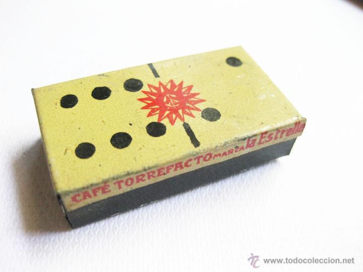 Cajas y cajitas metálicas: CAJA DE LATA DE CAFES LA ESTRELLA. DOMINO PUBLICITARIO DE CAJAS DE LATA. MUY RARO - Foto 2 - 45073481