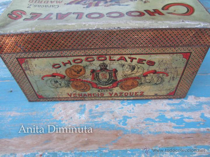 Cajas y cajitas metálicas: ANTIGUA LATA DE HOJALATA LITOGRAFIADA - CHOCOLATES - VENANCIO VAZQUEZ - MADRID - PRINCIPIOS DE SIGLO - Foto 4 - 45895557