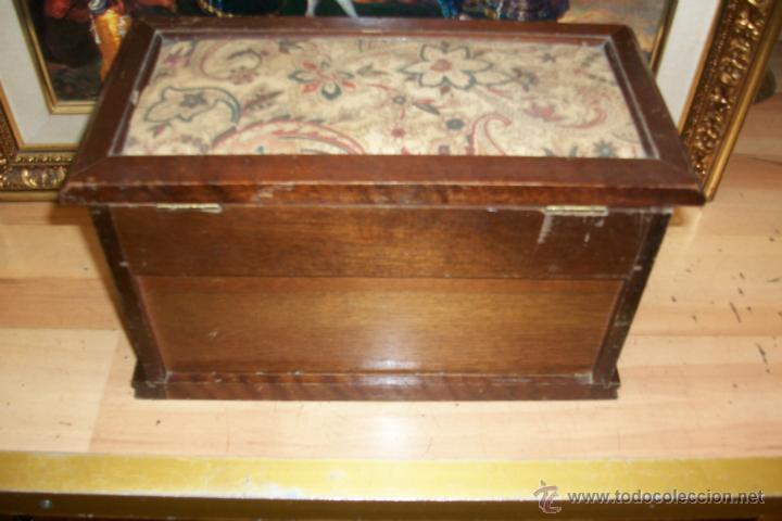Cajas y cajitas metálicas: ANTIGUA CAJA DE MADERA - Foto 6 - 45947620