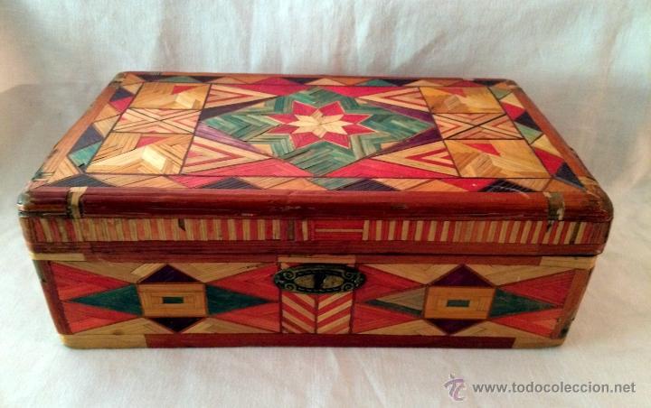 Cajas y cajitas metálicas: maravillosa y antigua caja de labores o escuela. - Foto 5 - 46549057