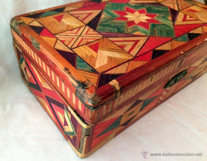 Cajas y cajitas metálicas: maravillosa y antigua caja de labores o escuela. - Foto 7 - 46549057