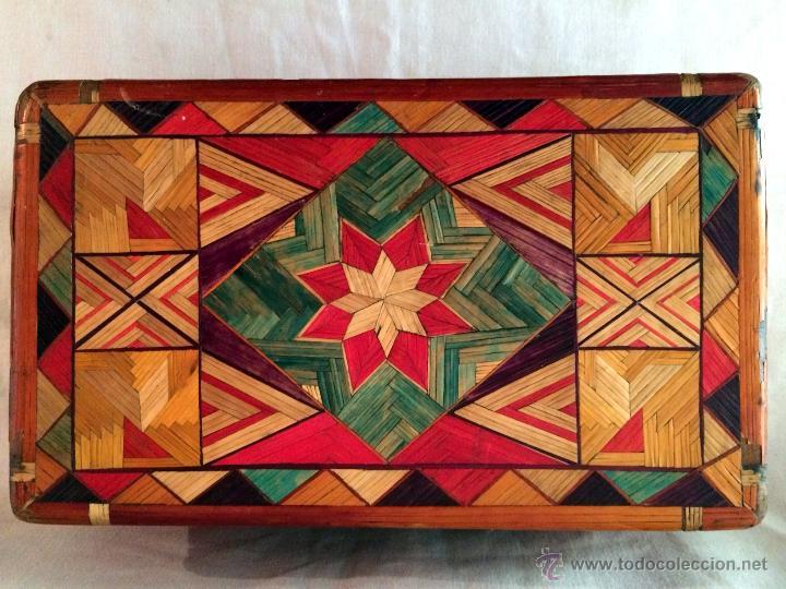 Cajas y cajitas metálicas: maravillosa y antigua caja de labores o escuela. - Foto 8 - 46549057