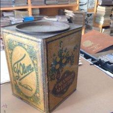 Cajas y cajitas metálicas: ANTIGUA LATA DE CARAMELOS SELECTOS F. OLIVA MIDE 17 X 24 CMTS. Lote 46888739