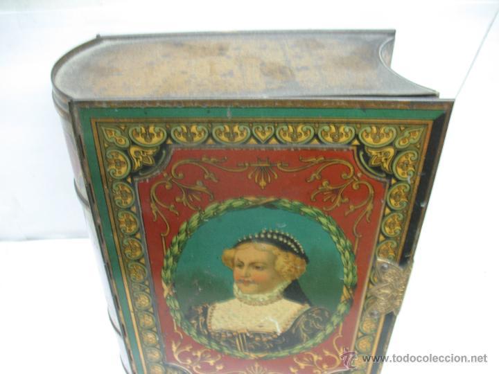 Cajas y cajitas metálicas: Antigua caja metálica con forma de libro de Londres - Foto 3 - 163026856