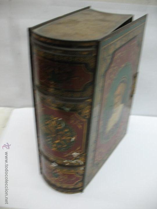 Cajas y cajitas metálicas: Antigua caja metálica con forma de libro de Londres - Foto 5 - 163026856