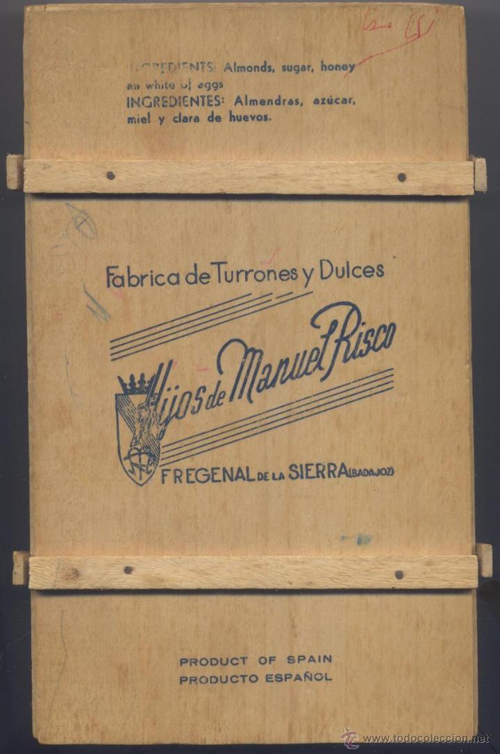 ANTIGUA CAJA DE MADERA DE FABRICA DE TURRONES Y DULCES-HIJOS DE MANUEL RISCO-BADAGOZ (Coleccionismo - Cajas y Cajitas Metálicas)