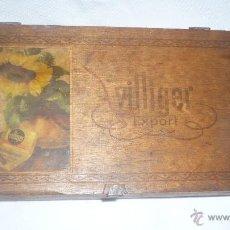 Cajas y cajitas metálicas: ANTIGUA CAJA ALEMANA DE MADERA. Lote 48957110