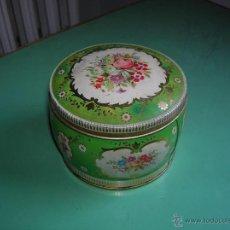 Cajas y cajitas metálicas: MUY LINDA CAJA DE HOJALATA. Lote 49879982