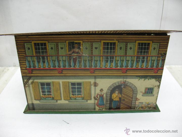 ANTIGUA CAJA METÁLICA CON FORMA DE CASA (Coleccionismo - Cajas y Cajitas Metálicas)