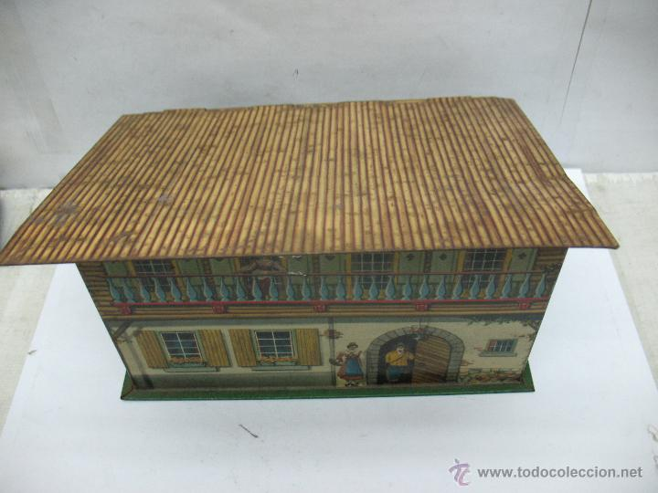 Cajas y cajitas metálicas: Antigua caja metálica con forma de casa - Foto 2 - 50134352