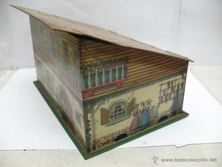 Cajas y cajitas metálicas: Antigua caja metálica con forma de casa - Foto 3 - 50134352
