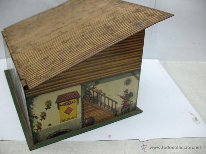 Cajas y cajitas metálicas: Antigua caja metálica con forma de casa - Foto 5 - 50134352