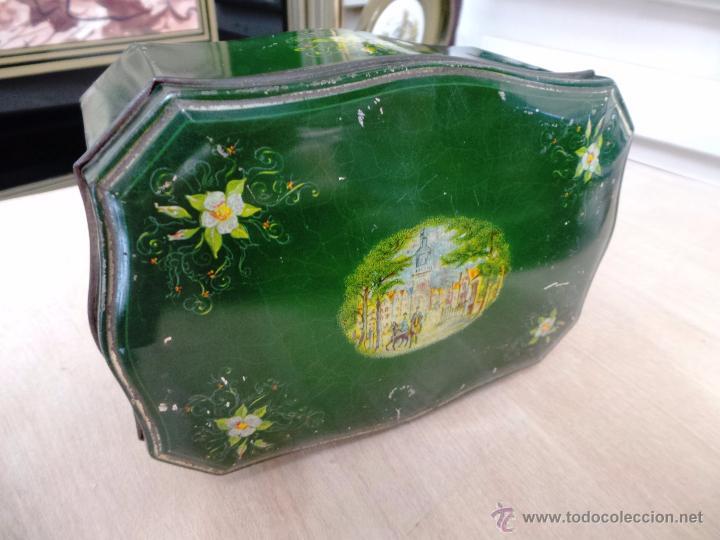 Cajas y cajitas metálicas: ANTIGUA CAJA EN HOJALATA LITOGRAFIADA - Foto 11 - 50295494