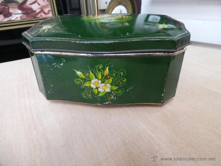 Cajas y cajitas metálicas: ANTIGUA CAJA EN HOJALATA LITOGRAFIADA - Foto 14 - 50295494