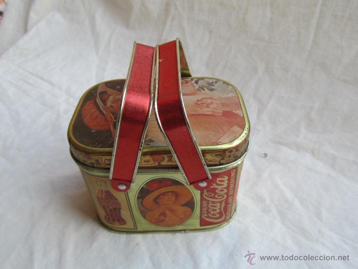 Cajas y cajitas metálicas: Caja de lata de Cocacola coca-cola 1984 - Foto 2 - 50311445