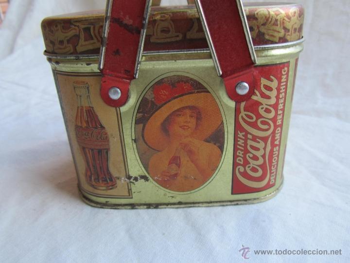 Cajas y cajitas metálicas: Caja de lata de Cocacola coca-cola 1984 - Foto 3 - 50311445