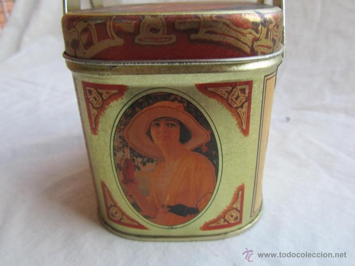 Cajas y cajitas metálicas: Caja de lata de Cocacola coca-cola 1984 - Foto 4 - 50311445