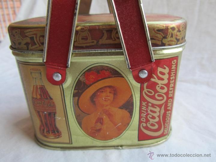 Cajas y cajitas metálicas: Caja de lata de Cocacola coca-cola 1984 - Foto 5 - 50311445