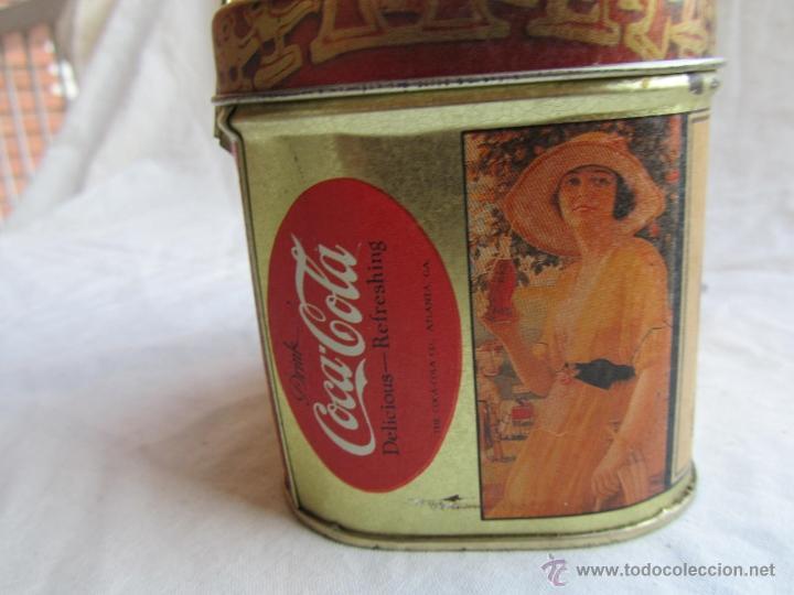 Cajas y cajitas metálicas: Caja de lata de Cocacola coca-cola 1984 - Foto 6 - 50311445
