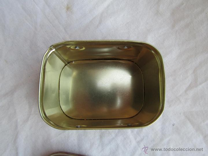 Cajas y cajitas metálicas: Caja de lata de Cocacola coca-cola 1984 - Foto 11 - 50311445