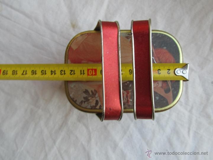 Cajas y cajitas metálicas: Caja de lata de Cocacola coca-cola 1984 - Foto 14 - 50311445